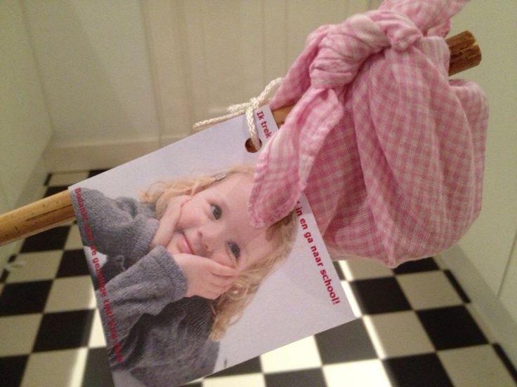 Knapzakjes met paddestoelcakejes afscheid kinderdagverblijf