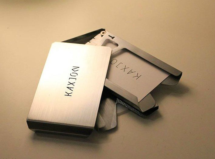 The Kallet is the world's sleekest minimalist wallet, featuring an intuitive Swipe & Auto-return mechanism.