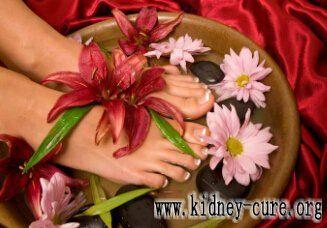 Травяные ванны для ног приносят пользы для здоровья пациентов с поликистозом почек http://kidney-cure.org/pkd-treatment/1049.html Исследования показали, что ванны для ног- это простой и надежный метод самоздравоохранения. Лечебные ванны для ног могут оживить Ци и кровь, активировать меридианы, улучшить кровообращение и умиротворить пять внутренних органов. Но полезные ли травянные ванны для ног пациентам с поликистозом почек? Ответ: ДА.