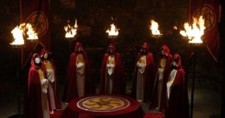Tarih ve Komplo ///  Tapınak Şövalyeleri Müslümanlarla Dost mu Tapınak Şövalyeleri Kimdir