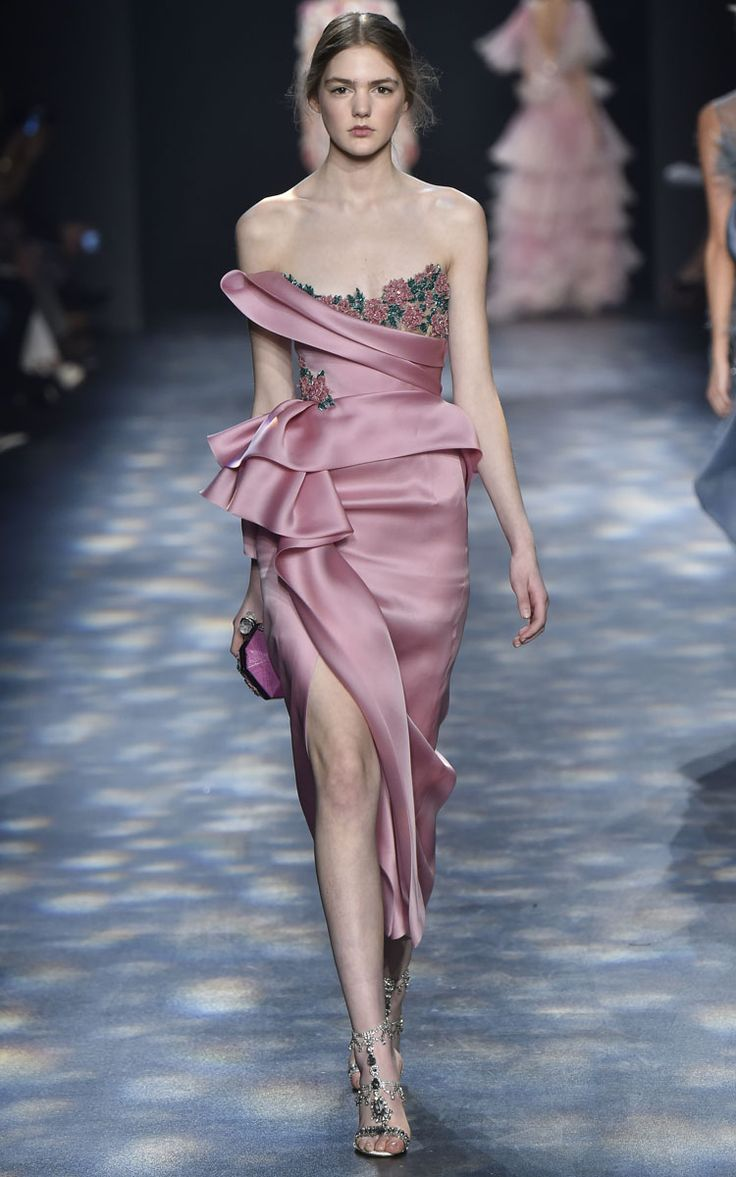 Marchesa fall winter 2016 m 39 o fall winter must owns for Own the couture