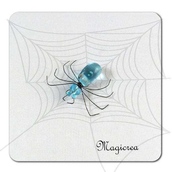 ARAIGNEE PERLES BLEUES - Boutique www.magicreation.fr