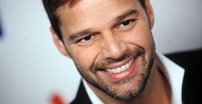 Ricky Martin ayudará a elegir la canción del Mundial de Fútbol 2014