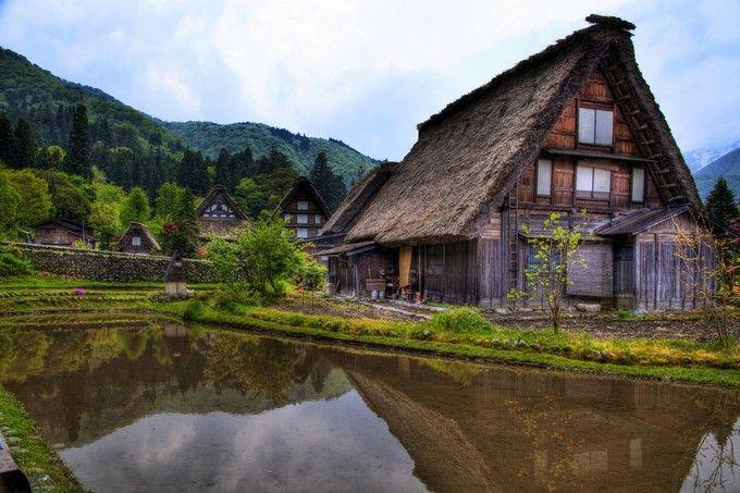 まるで昔話の世界!白川郷・五箇山の合掌造り集落が美しい | RETRIP[リトリップ]