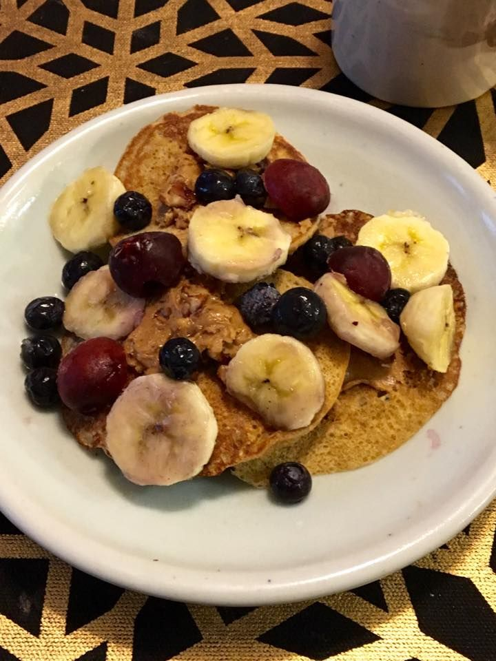 BLE friendly pancakes with no flour, or sugar.