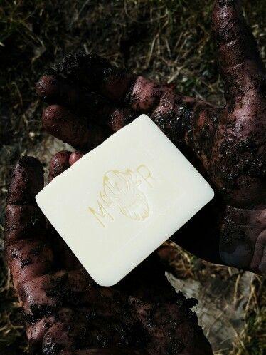 Handmade peppermint soap. Natural skincare. Canadian brand.