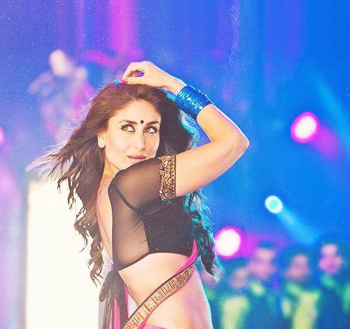 """Résultat de recherche d'images pour """"kareena kapoor sexy choli backless designs"""""""