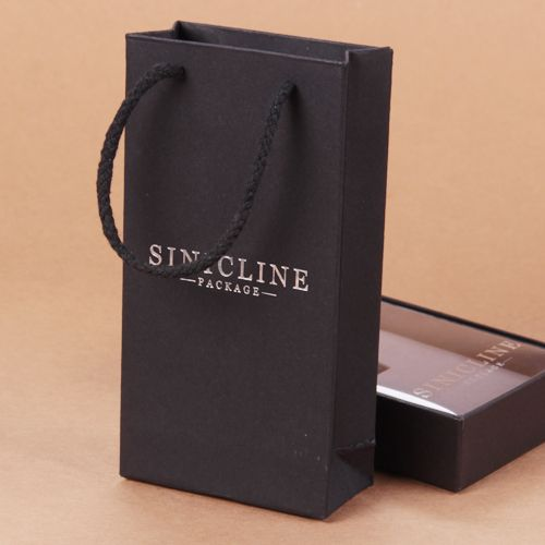 Packaging box and bag designs.   View more samples at  http://snpackage.com/
