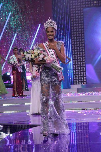 Patricia Murillo Crowned Miss Universe El Salvador 2014
