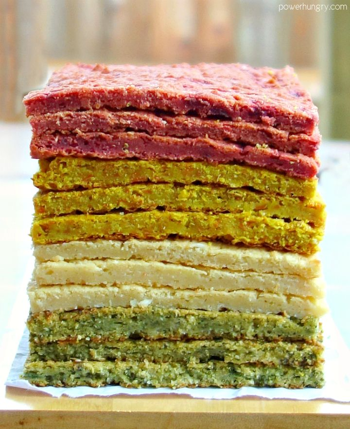 Easy-to-make, 3-ingredient, vegetable flatbreads that are full of delicious flavor and nutrition, yet free of eggs, grains, gluten, nuts and dairy. They are perfect for sandwiches, snacks, and all manner of gnoshing!How about a rainbow to start this late-February Friday?You've come...
