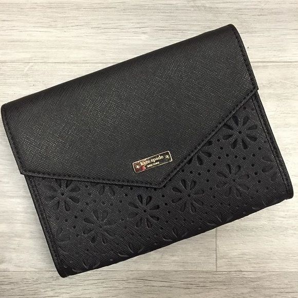 Black Kate Spade Clutch No chain included kate spade Bags Clutches & Wristlets