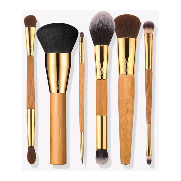 Makeup Brushes & Beauty Tools | Tarte Cosmetics ❤ liked on Polyvore featuring beauty products, makeup, makeup tools, makeup brushes, tarte and tarte makeup brushes