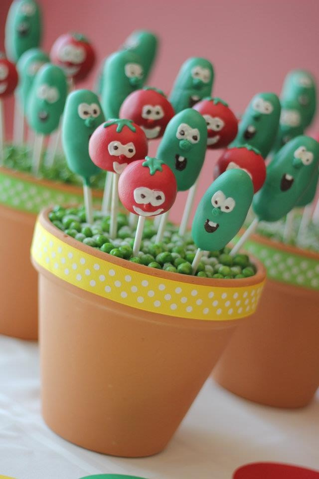 bob and larry veggie tales cake pops for kids birthday  SO CUTE!!!