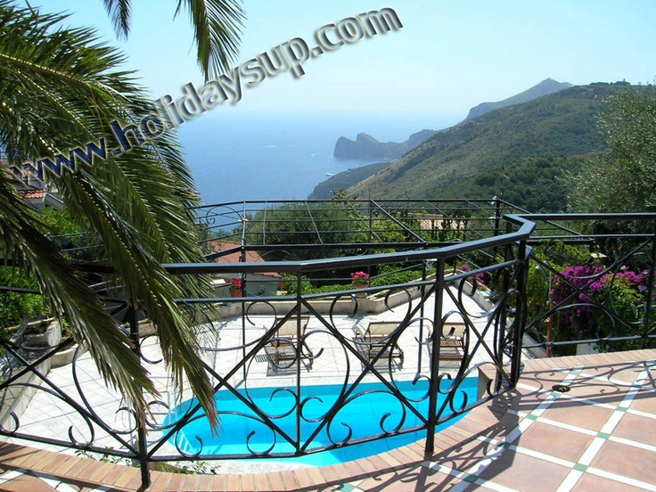 Villa in Sorrento with private pool and sea view terrace