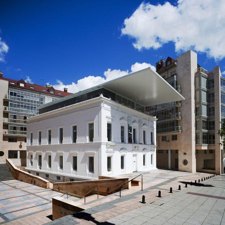 Headquarters for the Asturias Association of Architects in Oviedo / Ruíz Larrea & Asociados