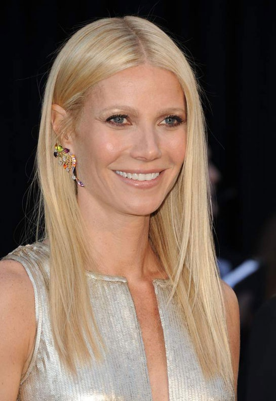 Gwyneth Paltrow wearing Louis Vuitton Earrings #jewelries #luxury #Oscars2011