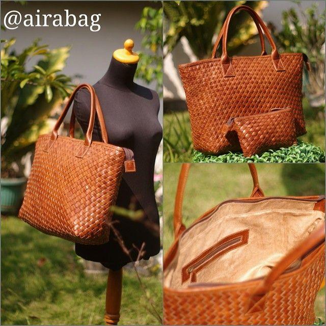 Hughes bag Warna : havana Material : kulit sapi pull up Size : 45 x 12 x 30 Lining : suede Idr : inbox Silahkan add : HP/SMS/WA : 0822.3070.1020 PIN BBM : 767E6C2E,