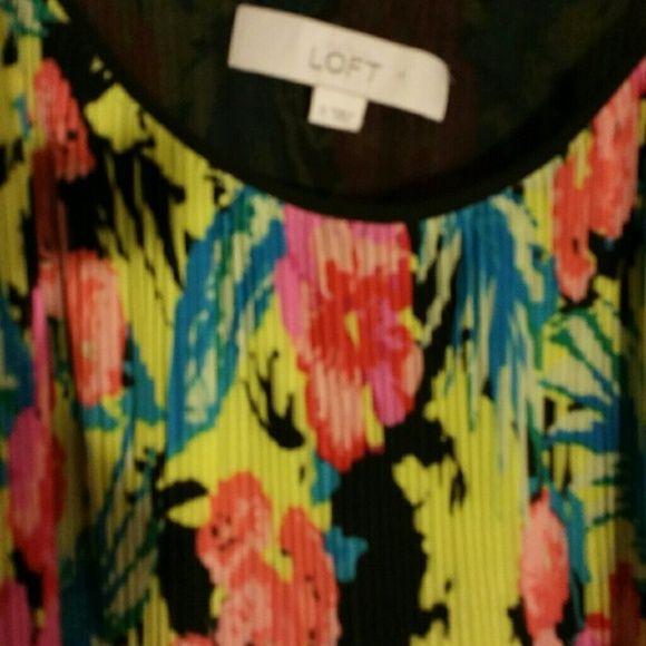 Beautiful flowery dress Long flowery dress LOFT Dresses Maxi