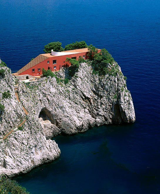 Amazing Casa Malaparte built in 1942 on the Island of Capri.