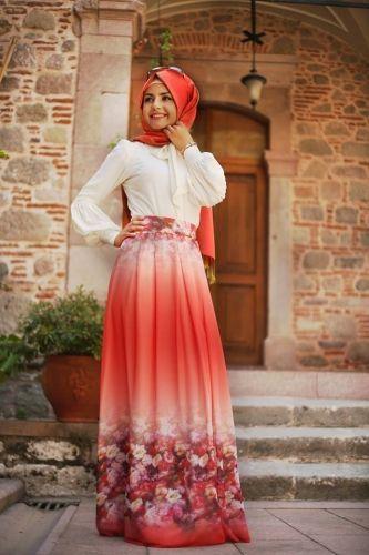 Pınar Şems - Pileli Çiçekli Şifon Etek