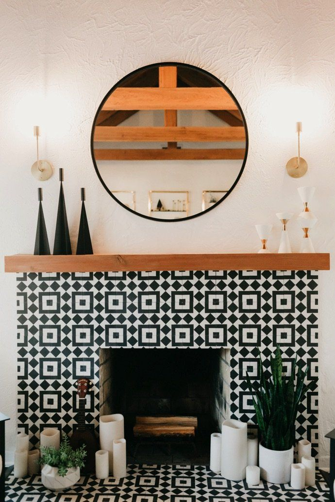 With a mix of mid-century and boho details, this California home that Jaclyn Johnson, CEO of Create and Cultivate, shares with her husband and pup, is chic, comfortable, full of character and totally cool. Consigue esta #decoraciondeinteriores con nuestro diseño Fez-928B de conipisos.com