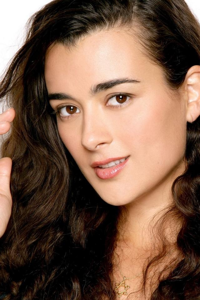 """Cote de Pablo; from NCIS-another of my fav """"smart girls""""."""