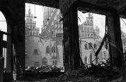 Morze wypalonych ruin - jak umierał Breslau i rodził się Wrocław [UNIKALNE ZDJĘCIA]