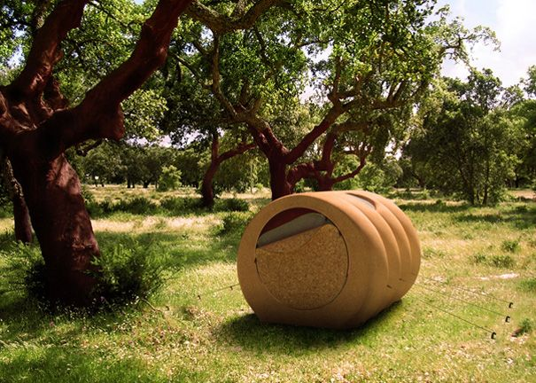 Cork house camping. Made entirely of cork. Cork is rich in thermal insulation characteristics. The main difference from other materials, besides being 100% free of dangerous chemicals, is that it's not environmentally detrimental. It's lightweight and quite portable too.