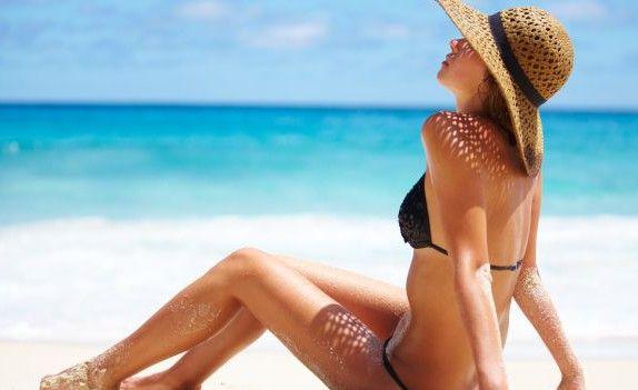 Vuoi prolungare l'effetto del sole sulla tua #pelle? Scopri i nostri consigli per mantenere l'#abbronzatura anche dopo il rientro in città! #benessere #wellness #scub #tan