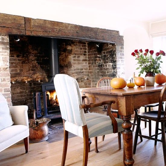 Dining room | House tour | PHOTO GALLERY | Country Homes and Interiors | Housetohome.co.uk