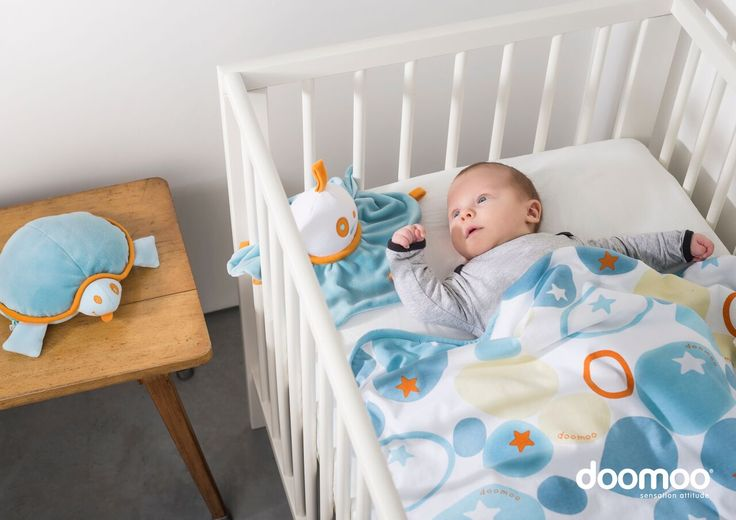 Doomoo Dream Cotton Blanket is an ultra soft cotton blanket (75 x 100cm), ideal to wrap baby at home or for outings. The blanket is lined with soft polyester fibre for comfort.