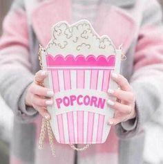 Купить товарГорячая мода личности вышитые буквы попкорн форма сеть сумка сумка женская сумочка кошелек клатч 5 цветов в категории Сумки на плечона AliExpress.          Материал-пу                    Размер: L14cm * W5cm * H25cm                 С длинной цепи ох!