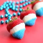 Happy Fourth of July - Patriotic Strawberries | The Girl Who Ate EverythingDesserts, Ideas, White Chocolates, Fourth Of July, Red White Blue, 4Th Of July, Families Recipe, July 4Th, Patriots Strawberries