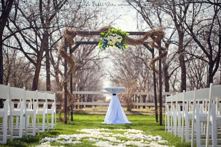 Best 25+ Winter Wedding Ceremonies Ideas On Pinterest