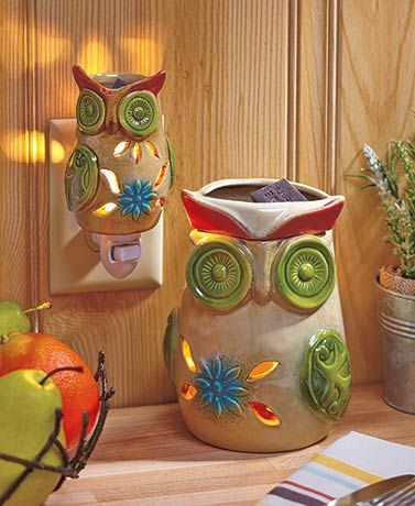 Eliminate the hassle of burning candles with an Embossed Glazed Electric Wax Warmer. It uses heat from the included light bulb to melt your favorite s
