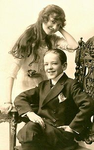 Adele (sister) and Fred Astaire in 1911.  I just love to see people actually smiling in the vintage photos. :)