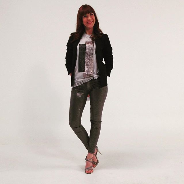 #ccvb LOOK emission du 11/01 tee-shirt #riverisland veste #caroll, jean pailleté #liujo, sandales #karenmiller #carolinebaly #france2 #stephanebern #