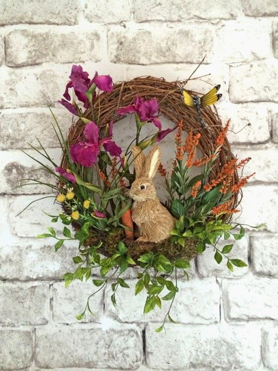 ~ Spring Wreath / Rabbit Wreath / Bunny Wreath / Easter Wreath ~  This beautiful silk floral bunny wreath was handmade using a natural 18