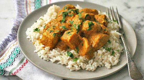 Indian-style chicken in cashew sauce via @PureWow