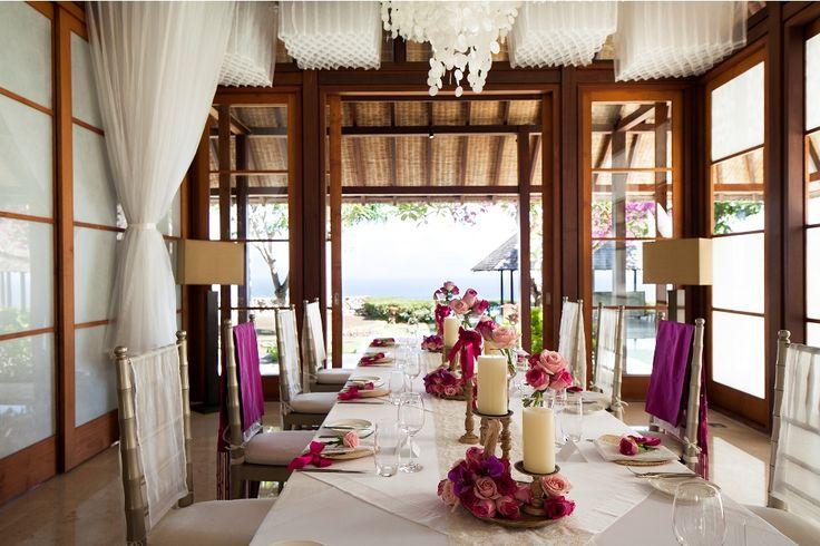 Bridal Table by Tirtha Bridal Uluwatu Bali