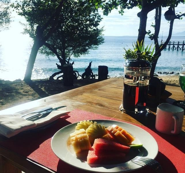 Breakfast by the beach! Fresh tropical fruits or freshly squeezed fruit juices and a cup of hot Bali Coffee will accompany your daily breakfast by the beach at NusaBay Menjangan by WHM Kotal Beach West Bali National Park.  If you are an early riser you can also catch the sunrise and calming sound of waves gently lapping the resorts beach to go with your breakfast!  Photo by: @nasatsjasmith  Visit our website http://ift.tt/2pC1xhd for more information or directly make a reservation to…