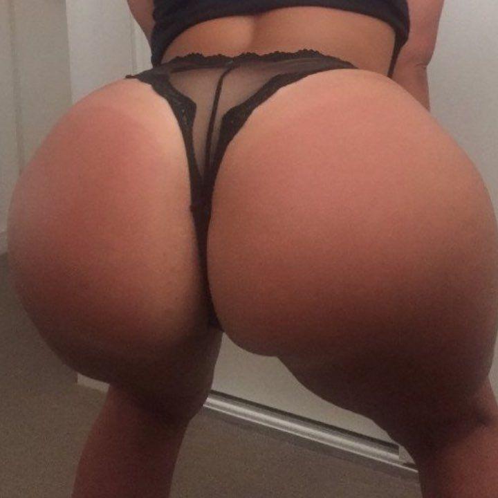 Big ass clappin — photo 8
