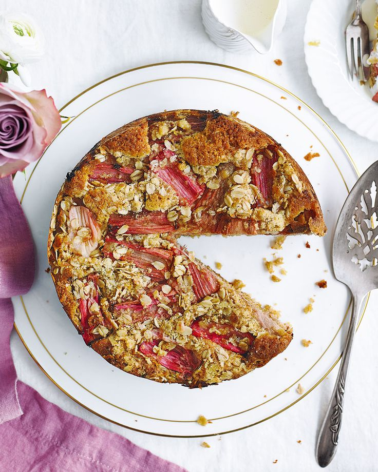 A golden, oaty streusel topping adds chewy flapjack-like texture to this wonderful rhubarb and ginger cake. It's best served warm with plenty of crème fraîche, yogurt or custard.