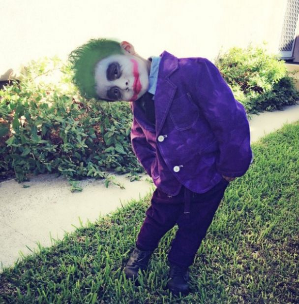 The Joker: | 21 Parents Who Totally Nailed It On Halloween