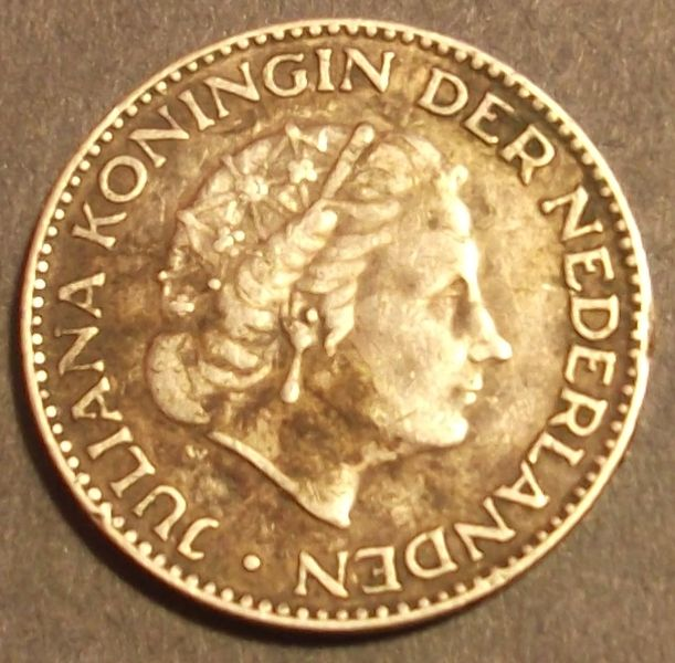 SILVER 1954 1 Gulden Netherlands Coin 6.5 grams 72% Fine Silver (.720)