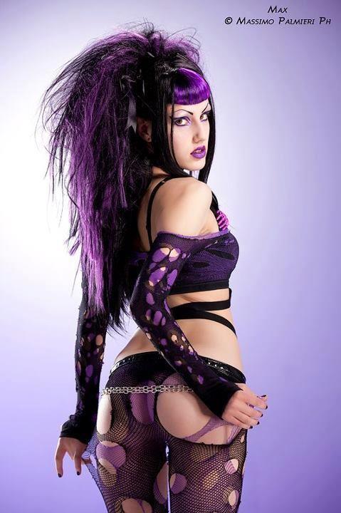nude cyber goth girl