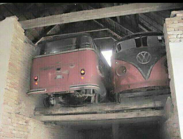 Vw bus barn find volkswagen pinterest vw bus barn for Motor city barn finds
