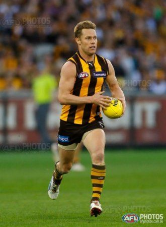 Sam Mitchell of the Hawks in action during the AFL 1st Preliminary Final match between the Hawthorn Hawks and the Adelaide Crows at the MCG, Melbourne.
