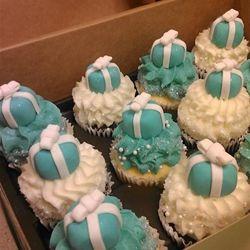 Gigi S Cupcakes Orlando Florida Mini Cupcakes With Tiffany