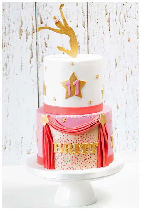 Taartjes-van-An-bruidstaart-Nunspeet--danstaart-nunspeet-kindertaart-Nunspeet-bruidstaart-Harderwijk-bruidstaart-Elburg-bruidstaart-Zwolle-bruidstaart.jpg dance cake